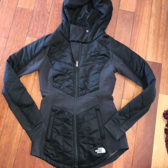 2f47fb02c Women's North Face Hooded Pseudio Black Jacket